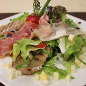 home_salad_beef